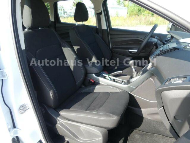 Ford Kuga Trend 1.5 120PS Lenkrad beheizt AHK